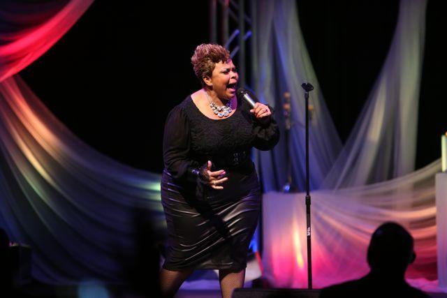Tamela Mann Performs at Lamplighter Awards 2014