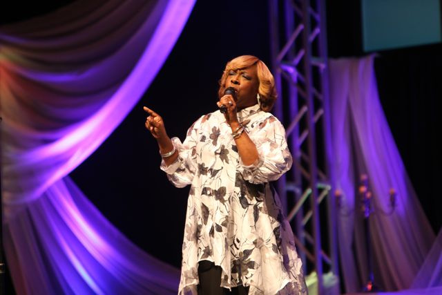 Beverly Crawford Performs at Lamplighter Awards 2014