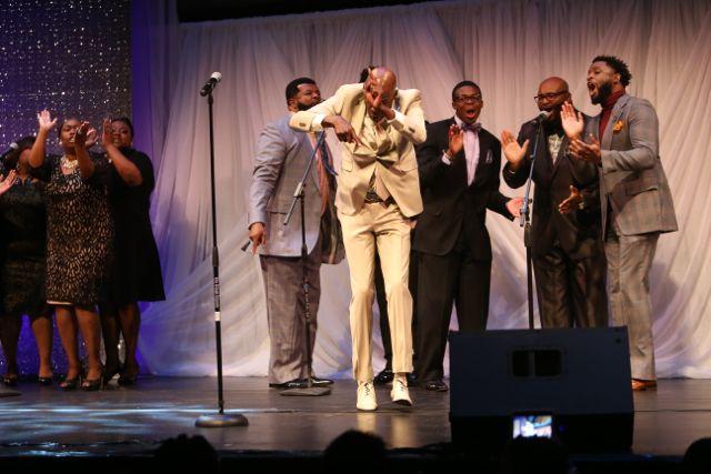 Ricky Dillard Performs At Lamplighter Awards 2015